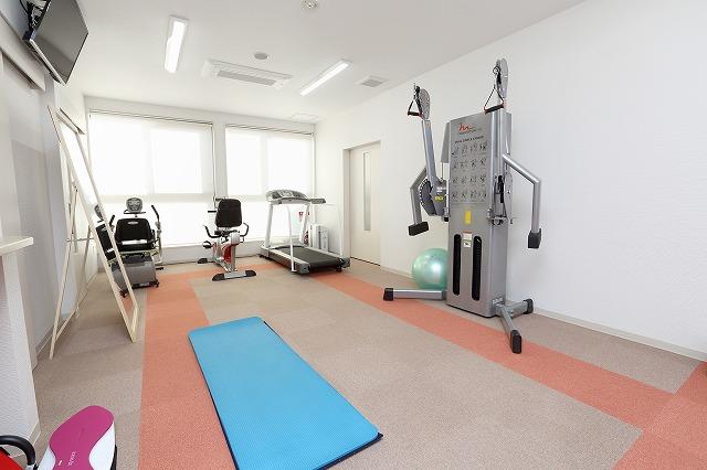 3.トレーニング・リハビリで使用する専用のトレーニングルーム完備